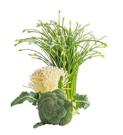 verduras verdes: verduras frescas en blanco, br�coli, mashroom Foto de archivo