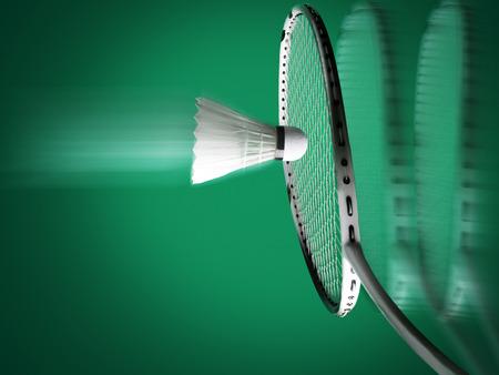 badminton sport, racket met string en shuttle op groene achtergrond, zowel racket en bal zijn in motion blur Stockfoto