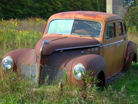 rust red: Oxidado coche