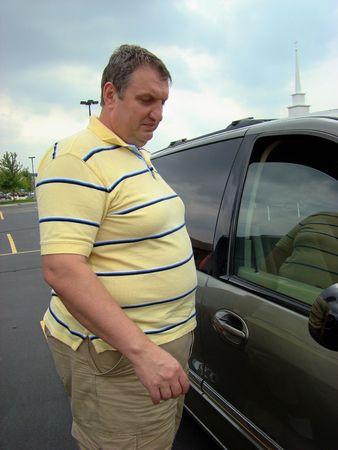 sobrepeso: Compras de un coche  Foto de archivo