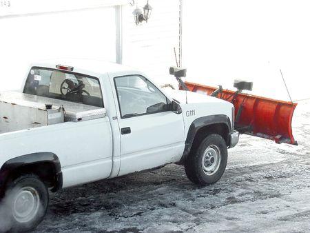 ploegen: Plowing de sneeuw