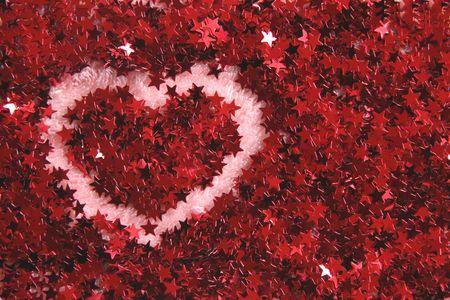spangle: Heart shape in red shiny stars