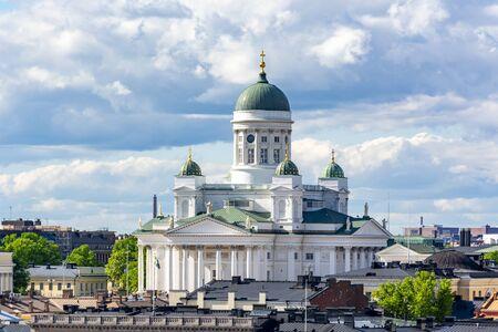 Helsinki Cathedral on Senate Square, Finland Imagens