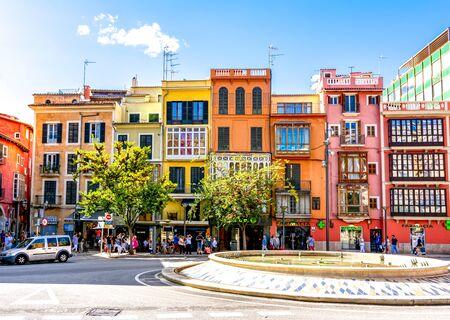 Streets and architecture of Palma de Mallorca, Spain 免版税图像