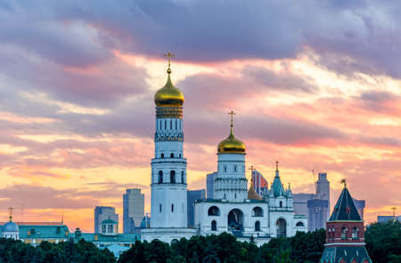 Ivan the Great Bell Tower at sunset, Moscow Kremlin, Russia 免版税图像