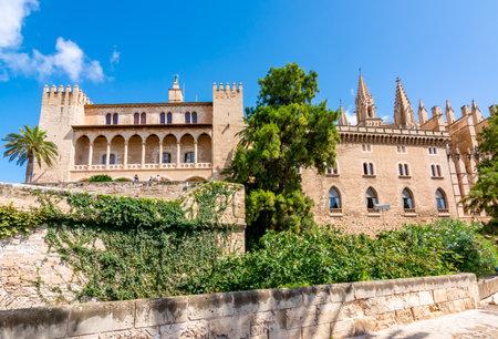 Royal Palace of La Almudaina in Palma de Mallorca, Balearic islands, Spain 新闻类图片