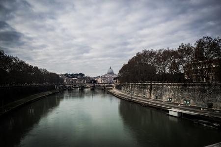 tiber: Ver en el T�ber y la Ciudad del Vaticano