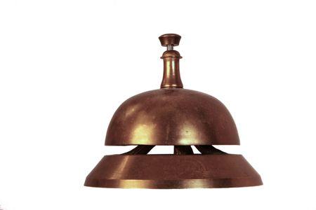 古い真鍮手鐘 - 誰かの注意を取得するために使用します。多くの場合、ホテルでフロントの机の上使用をベルボーイを呼び出します。側面図 - 白で