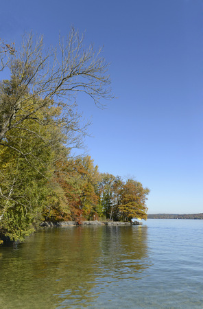 View of Starnberger Lake in autumn, Bavaria, Germany LANG_EVOIMAGES