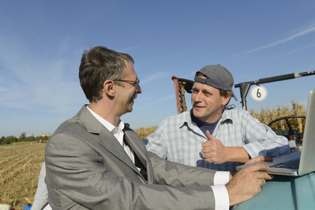 agrees: Farmer agrees to deal with businessman, Bavaria