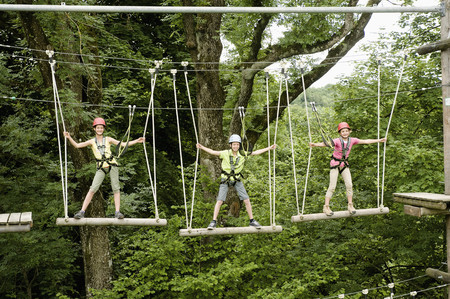 10 11 years: Boys and girl climbing crag LANG_EVOIMAGES