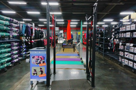 ULUBERIA, HOWRAH, WEST BENGAL / INDIA - 18TH MARCH 2018 : Sports clothes are on display at Dechathlon S.A. - world's largest sporting goods retailer. Editorial stock image. 報道画像