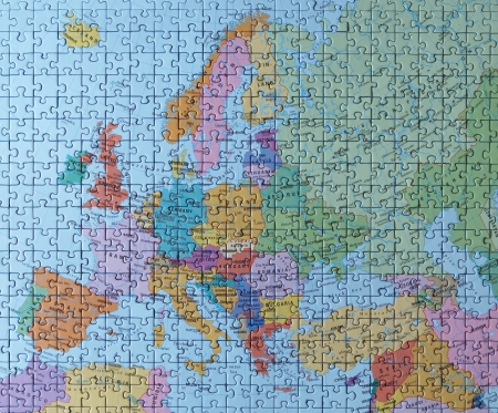 Puzzle map: the whole Europe   photo