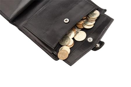 Een deel van open zwarte portemonnee met munten