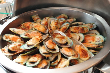 New Zealand mussels baked with cheese photo