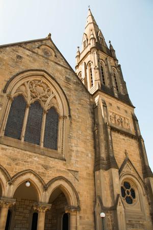 cristianismo: Una antigua iglesia hermosa ventana estilo de cristianismo Foto de archivo