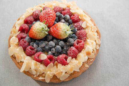 fruit tart: Fresh mixed fruit tart ready for dessert