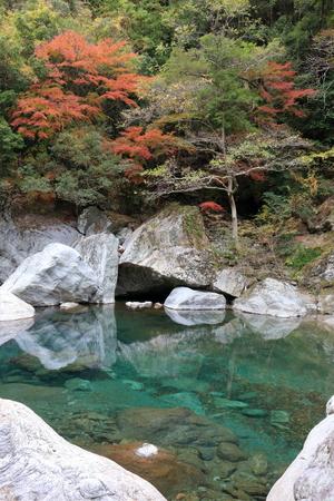 Autumn Nakatsu Valley (Kochi Prefecture)