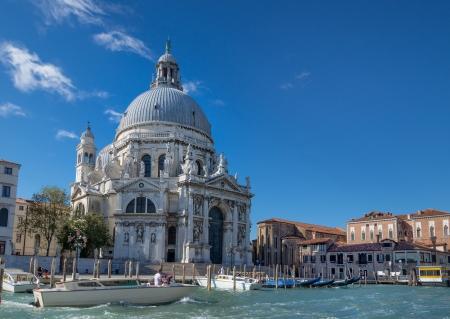 d�livrance: Basilique Santa Maria della Salute � Venise, construite en l'honneur de la d�livrance de la peste dans les ann�es 1631-1681