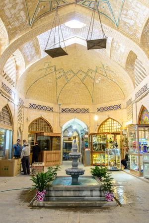isfahan: ISFAHAN, IRAN - OCTOBER 18, 2014: Bazar of Isfahan, Iran