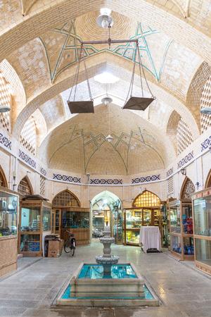 イスファハン、イラン - 2016 年 8 月 30 日: 古いバザールのイスファハン, イラン