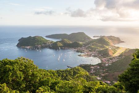目を光らせてテレ ・ デ ・ オー、聖人 (アイルズ デ サント) の島