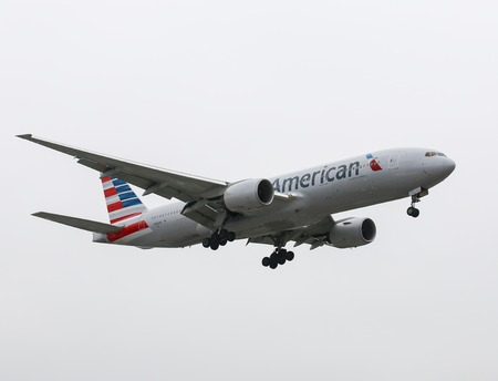 american airlines: Airplane of American Airlines in Los Angeles