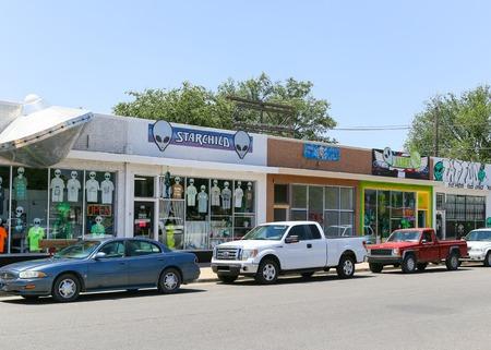 Verschillende Alien Gift Winkels in Roswell, New Mexico Redactioneel