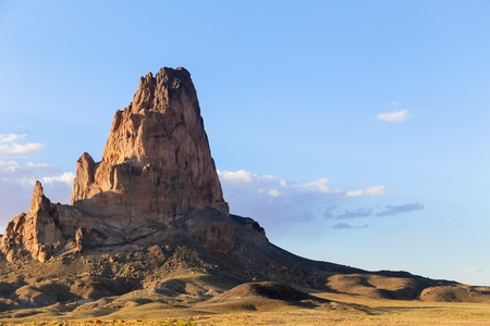 el capitan: Agathla Peak or El Capitan south of Monument Valley seen from US Route 163. Stock Photo