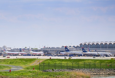 ronald reagan: Aircrafts of American Airlines and US Airways in the movement area of Ronald Reagan National Airport in Washington DC.