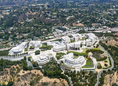 Los Angeles, Verenigde Staten - 27 mei 2015: Luchtfoto van het Getty Center in Brentwood. Redactioneel