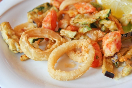 cooked fish: Fried mixed seafood and vegetables Stock Photo