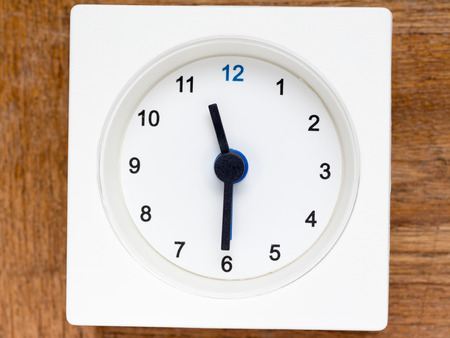 continuation: The series of the sequence of time on the simple white analog clock , 4748