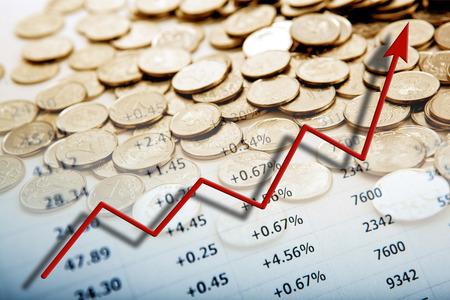 数字や図でコインの山をクローズ アップ