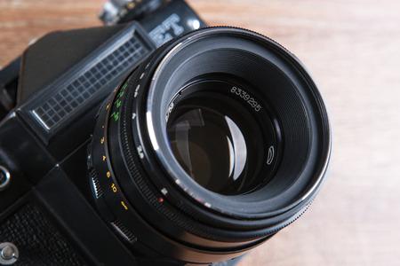 retro black wide-angle film camera close up 版權商用圖片