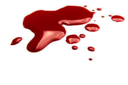 Les taches de sang (flaque d'eau) isolé sur fond blanc de près, horizontal Banque d'images - 31960899