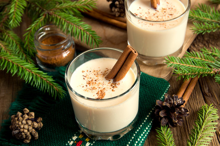 cocktail drinks: Eggnog with cinnamon for Cristmas and winter holidays Stock Photo