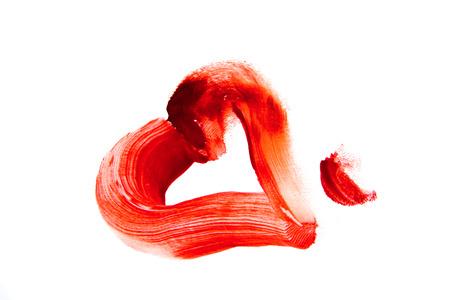 hemorragias: Bloody forma de corazón mancha (frotis) aislado en fondo blanco