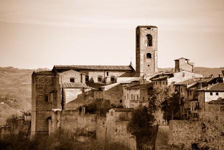 Un esempio di architettura medievale Toscana in Toscana