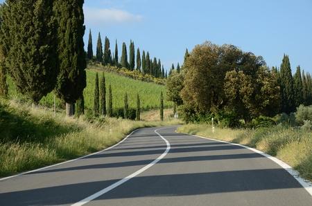 Strada panoramica in Toscana Archivio Fotografico