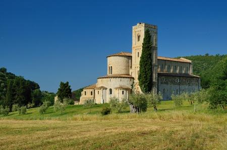 Una celebre abbazia romanica in Toscana Archivio Fotografico