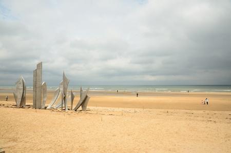 Omaha Beach - uno dei principali punti di sbarco del D-Day in Normandia in Francia il 6 giugno 1944 durante la Seconda Guerra Mondiale