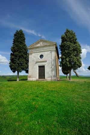 val dorcia: Cappella di Vitaleta , Val dOrcia in Tuscany, Italy. Stock Photo