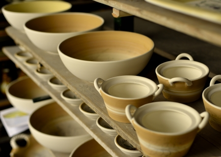 ceramica: Painted Tuscan Potteries ready to be cooked Stock Photo