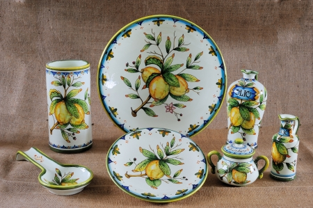 Some beautiful painted classical tuscan potteries (Ceramiche)