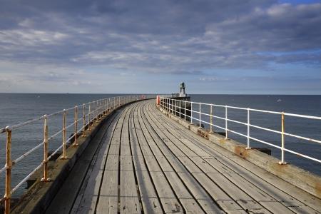 Whitby ? una citt? di mare, porto e parrocchia civile nel quartiere di Scarborough e la contea inglese del North Yorkshire Archivio Fotografico