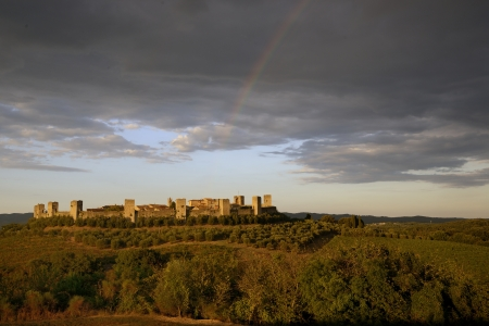 Monteriggioni is a medieval walled town, located on a natural hillock,