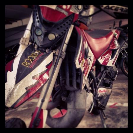 two stroke: Aprilia MX 125 Europa de dos bicicletas accidente cerebrovascular.
