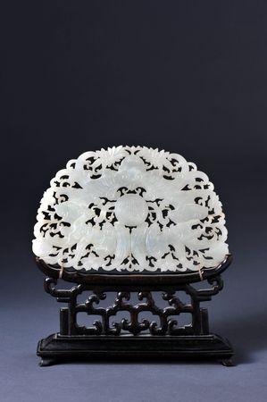 19o secolo cinese bianco giada intagliata con la mazza nella progettazione ..