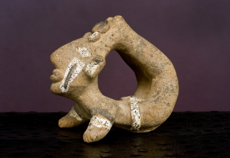 pre columbian: Pre Columbian acrobat made around 600AD